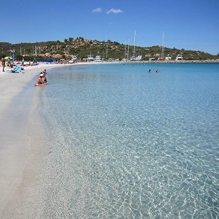 spiaggia-porto-ottiolu-budoni-avitur